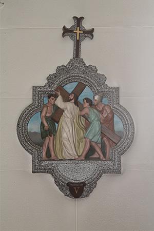 第5留-キレネ人シモンがイエスの十字架を強いて背負わされる